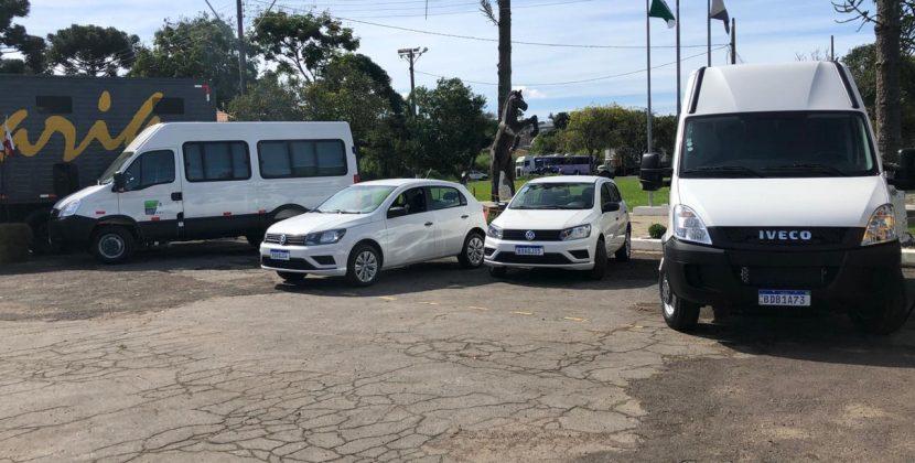 Romanelli entrega quatro veículos para a Polícia Montada do Paraná